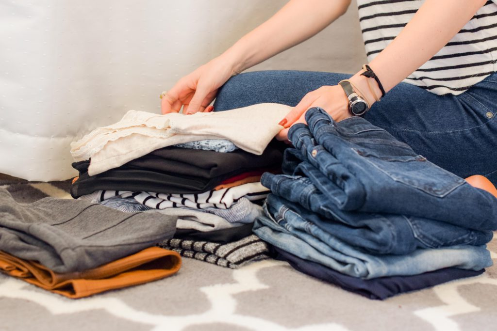 compartmentalize clothes into stacks